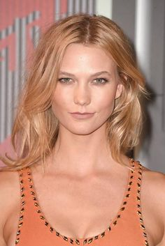 MTV VMAs best beauty, hair and makeup looks—Karlie Kloss