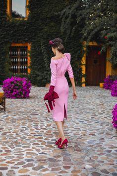 Look invitada de mañana: inspiración Kate | Invitada Perfecta Kate Middleton, Chic, Wedding Styles, Make Up, Heels, How To Wear, Dresses, Unique Dresses, Hairdos