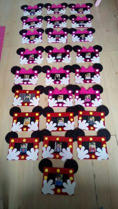 This Pin was discovered by Hav Kids Crafts, Foam Crafts, Preschool Crafts, Diy And Crafts, Paper Crafts, Minnie Mouse Baby Shower, Mickey Mouse Birthday, Popsicle Stick Crafts, Craft Stick Crafts