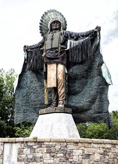 https://flic.kr/p/uH8We8   Indian Chief Sculpture   Located at the University of Central Oklahoma in Edmond, Oklahoma.