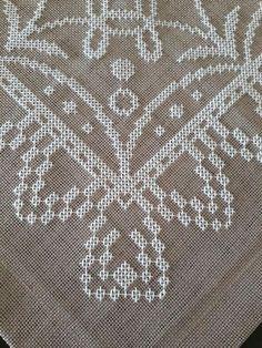 Cross Stitch Borders, Cross Stitch Animals, Cross Stitch Flowers, Cross Stitch Patterns, Cross Stitch Embroidery, Machine Embroidery, Felt Snowman, Crochet Circles, Bargello
