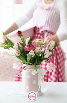 Syl loves, flowers, pink, gingham, spring