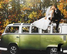 Have your marriage last even longer than this beautiful vintage vehicle. #vintage #kissthebride #vintagecars #longlastinglove #iloveyouforever #penguinandstone