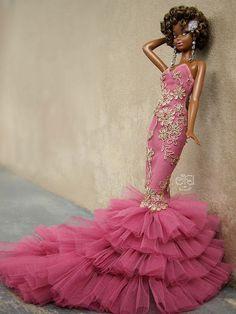 Disco Barbie : Celebrate disco doll by Eifel by eifel doll dress Barbie Gowns, Barbie I, Barbie World, Barbie Dress, Barbie Clothes, Diva Dolls, Dolls Dolls, Moda Paris, African American Dolls