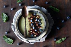 Grønn smoothie bowl med kiwi, nøtter og frø Frisk, Smoothie Bowl, Kiwi, Acai Bowl, Bowls, Breakfast, Food, Acai Berry Bowl, Serving Bowls