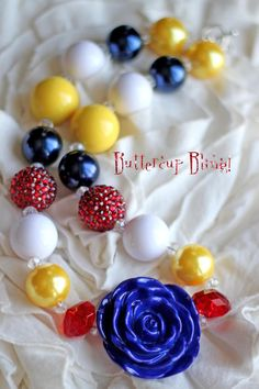Girls Chunky Bubblegum Bead Necklace, Snow White Halloween. $22.00, via Etsy.