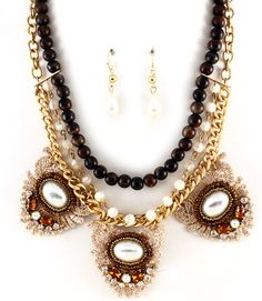 nice NECKLACE AND EARRING SET