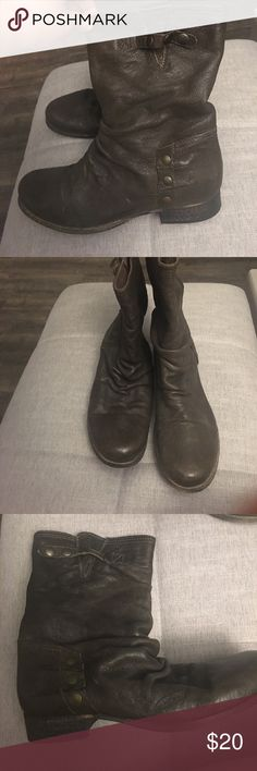 Aldo dark brown Ankle boots Dark brown Aldo ankle boots. Perfect condition, worn once. Size 39 (9) Aldo Shoes Ankle Boots & Booties