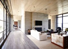 The Malibu Home designed by Scott Mitchell Studio and Denise Kuriger – Reviving Charm Comfy Cozy Home, Scott Mitchell, Beautiful Definitions, Malibu Homes, Interior Architecture, Interior Design, Melbourne House, Floor To Ceiling Windows, Cozy House