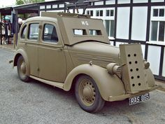 40 Standard Flying Ten (1938) Army Vehicles, Armored Vehicles, Vintage Cars, Antique Cars, Classic Cars British, 4x4, Naval, Military Equipment, Train Car
