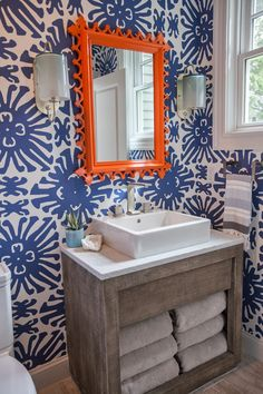 DAG Design. Bird WallpaperBathroom ...