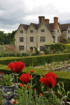 Packwood house Warwickshire English Manor Houses, English Castles, English Cottages, English Architecture, England, English Countryside, Historic Homes, Old Houses, Beautiful Places