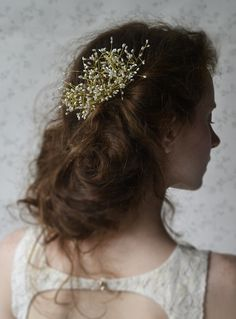 bridal comb  pearls on wires   http://www.lucjazajac.com https://www.facebook.com/lucjazajacatelier