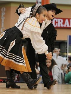 young dancers of Mexico