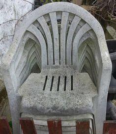Megmutatunk neked 4 olyan szuper módszert, melyekkel a régi, beszürkült műanyag székeidet, asztalodat újjá varázsolhatod. Ha így csinálod, akkor olyan fehér lesz, mint újkorában! Easy Craft Projects, Diy Crafts For Kids, Easy Crafts, Outdoor Chairs, Outdoor Furniture, Outdoor Decor, Woodworking Plans, Garden Design, Diy Home Decor