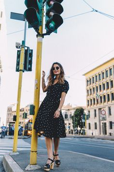Collage Vintage: 100 mejores looks - StyleLovely Looks Style, My Style, Estilo Blogger, Moda Boho, Collage Vintage, Autumn Street Style, Fall Dresses, Style Guides, Editorial Fashion