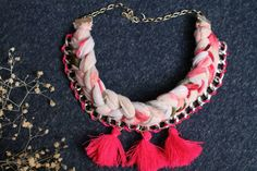 Collar de cadena trenzado en tonos rosa Tassel Necklace, Jewelry, Fashion, Pink, Fashion Accessories, June, Chains, Moda, Jewlery