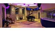 I nostri Fender Rhodes Mark II, Hammond B3 e Yamaha Disklavier C6 vi stanno aspettando!  Our Fender Rhodes Mark II, Hammond B3 and Yamaha Disklavier C6 are waiting for you!  #artandmusicstudios   #AMStudios   #recordingstudio   #studio   #studios   #italy   #art   #artist   #musica   #music   #audio   #sound