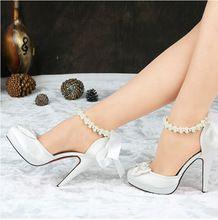 Mejores ventas de mujeres bombas de tacón alto satén rojo de la boda zapatos  blancos de 313bdd25d71e