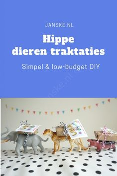 DIY # 12 Simple & hip treats for farewell at daycare Janske. Diy Gifts, Handmade Gifts, School Treats, Handmade Headbands, Animal Party, Halloween Cards, Thank You Gifts, Little Babies, Diy For Kids