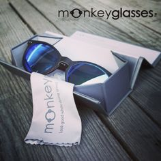 Monkeyglasses new foldingcase / Biodegradable / Sunglasses / Danish Design
