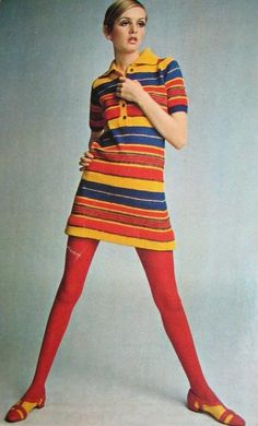 Twiggy, the world's first Super Model, epitomized style. She was skinny like a hanger and made curvy women's lives miserable.Twiggy Striped Dress 2 by Pennelainer,child likeness return to youth and freshnessTwiggy Mod Fashion Model I had this dress b 1960s Mod Fashion, Fifties Fashion, Retro Vintage Fashion, 1960s Fashion Dress, 1967 Fashion, Fashion Models, Fashion Trends, Fashion Fashion, Fashion Stores