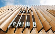 Automatic sun-tracking louvers - Surry Hills Library