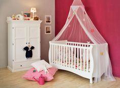 Kinderzimmer ideen für zwei babys  stehlampen und rundes bett fürs babyzimmer - 45 auffällige Ideen ...