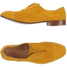 L'autre Doucal's Moccasins ($74) ❤ liked on Polyvore featuring shoes, loafers, yellow, moccasin style shoes, round toe shoes, mocassin shoes, genuine leather shoes and elastic shoes