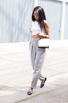 Tendance Chaussures 2017/ 2018 : Zara crop top and pants Coach loafers