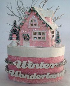 ✔ Go to www.youtube.com/watch?v=yEvk7h0CPJg  to see how to video to create this pink glitter house box.