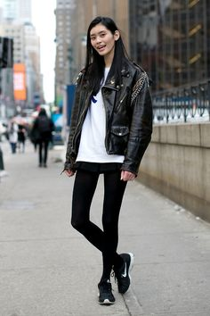 NYFW / Model off duty / Leather jacket / Nike running shoes