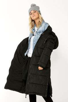Rug up, zip up and step out in this luxurious puffer designed for warm feels. Its long-line silhouette hits just above the knee and includes features like a cosy high neckline, press-stud pockets, a secure zip pocket and detachable hood. Women's Puffer Coats, Black Puffer, Long A Line, Perfect Fit, Zip Ups, Winter Jackets, Autumn, Model, How To Wear