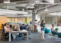 Successful open office design depends on several factors. Use these tips to improve your open office workspace. Open Concept Office, Open Office Design, Open Space Office, Corporate Office Design, Office Designs, Workspace Design, Office Workspace, Office Cubicles, Office Setup