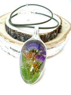 Real Flower Jewelry, Pressed flowers in Resin, Spoon Pendant, Real Plant jewelry, Flowers in Resin Necklace. Blue and Purple Asters