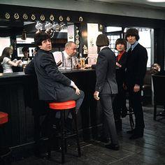 ♥♥J. Paul McCartney♥♥ ♥♥Richard L. Starkey♥♥ ♥♥♥♥George H. Harrison♥♥♥♥ ♥♥John W. O. Lennon♥♥ Four Beatles walk into a bar... (1965) the movie Help!
