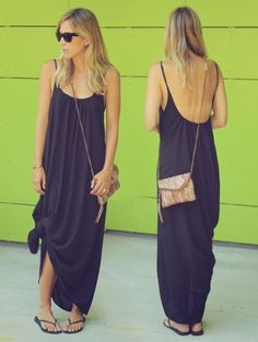 a flowy maxi dress tied on the side + flip flops (or any ...