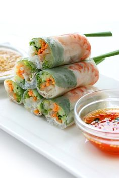 This spring roll recipe provides a really tasty meal choice which includes fresh vegetables and shrimp as well as a flavorful dipping sauce. Shrimp Spring Rolls Recipe from Grandmothers Kitchen. I don't eat shrimp so I cooked chicken Sushi Recipes, Seafood Recipes, Cooking Recipes, Game Recipes, Shrimp Spring Rolls, Shrimp Rolls, Vietnamese Spring Rolls, Vietnamese Salad Rolls, Healthy Snacks