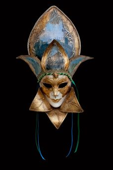 Minuetto venetian mask papier mache for sale. 100% handcrafted in venice by venetian masters.