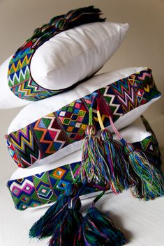 Simple and Impressive Ideas Can Change Your Life: Decorative Pillows With Words Sofas decorative pillows for teens cushions.Decorative Pillows On Sofa Rugs decorative pillows for teens curtains.Decorative Pillows For Teens Diy Ideas. Diy Pillows, Couch Pillows, Decorative Pillows, Cushions, Throw Pillows, Pillow Crafts, Moderne Couch, Cotton Pillow, Soft Furnishings