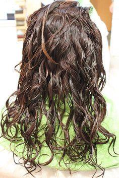 わかりやすい!エアーウェーブのご案内 Perm Rods, Wet Hair, Curlers, Dreadlocks, Perms, Hair Styles, Beauty, Beleza, Dreads
