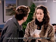 Everytime Yemen is mentioned on the news all I can think about is this Friends episode where Chandler pretends he's going to Yemen so he can break up with Janice Friends Moments, Friends Tv Show, Friends Forever, Friends In Love, Best Friends, Best Sitcoms Ever, Cinema, Chandler Bing, Friend Memes