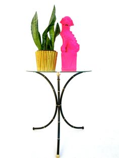 Vintage Hollywood Regency Black & Gold Faux Bamboo Accent Table / Plant…