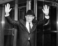 Florida mob boss Santo Trafficante Jr. had every reason to loathe JFK after the Bay of Pigs failure. Wanted Cuba returned as a staging base for his drug business and to rebuild his Havana casino empire. Was he involved in the assassination? www.lberger.ca