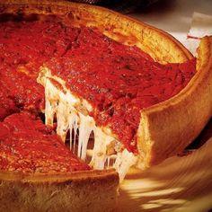 Esta pizza de Giordano's tiene que ser mía.