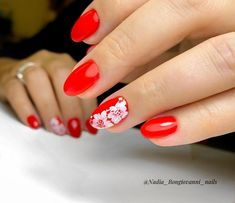 """Manicure🍀, Pedicure🍀. Bulle on Instagram: """"Red is definitely the queen of nail colors!   #manucure #manicure #bulle #fribourg #swissnails #suisseongles #swissnailart #montreuxriviera…"""" White Gel Nails, Flower Nail Designs, Flower Nails, Red Flowers, Pedicure, Nail Colors, The Cure, Nail Art, Queen"""