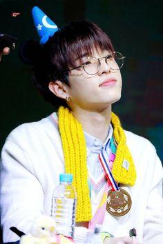 Wonder Red, Park Jae Hyung, Jae Day6, Pop Bands, Mini Albums, Rapper, Crochet Necklace, Kpop, Cloud