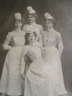 Class 1905 Antique Photo of 4 Nurses in Uniform and Hats | eBay