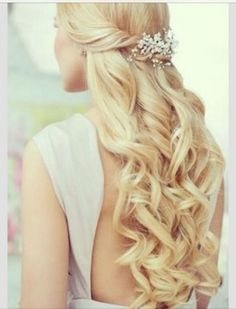 Matric dance hairstyles for long hair # - All For Hairstyles DIY Matric Dance Hairstyles, Prom Hairstyles For Long Hair, Graduation Hairstyles, Side Hairstyles, Little Girl Hairstyles, Wedding Hairstyles, Long Curly Wedding Hair, Long Thin Hair, School Dance Dresses