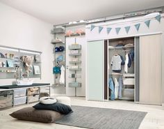 modern Nursery/kid's room by Elfa Deutschland GmbH